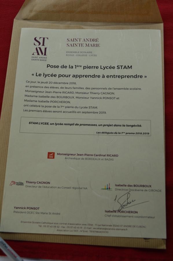 Pose 1ère pierre Lycée STAM SB 20.12 (23)